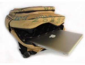 Ragbag backpack van theezakken van binnen